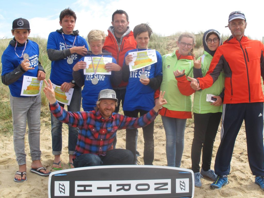 jeunes kitesurf