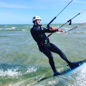 comment débuter en kitesurf