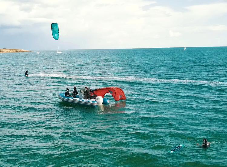cours kitesurf depuis bateau