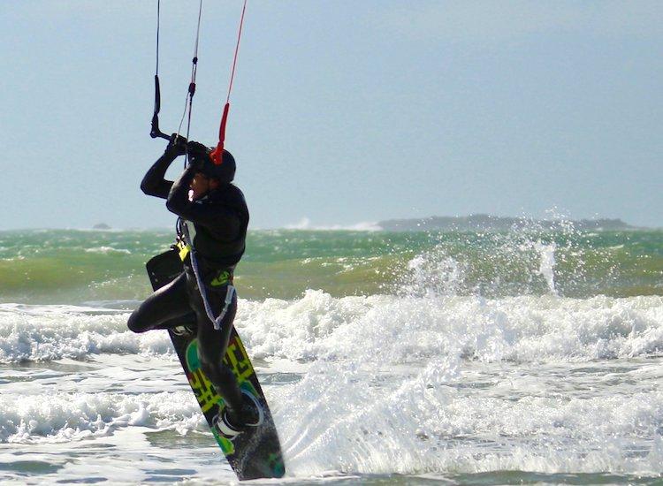 formation kitesurf jeunes moins de 18 ans
